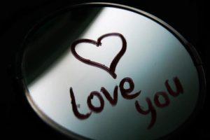 رسائل قصيرة رومانسية رقيقة وجذابة جداً ولا تقاوم