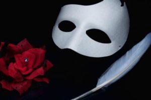 حكم في الحب و اقوال رائعة عن الحب والغرام لشكسبير والفلاسفة القدامي