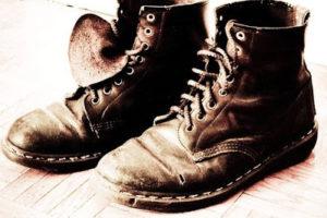 قصة قصيرة جدا ولكن بها عبرة عظيمة قصة حذاء غاندي