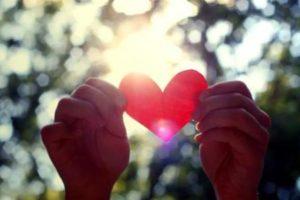 خواطر جميلة عن الحب والغرام والعشق جميلة جداً للفيس بوك وتويتر