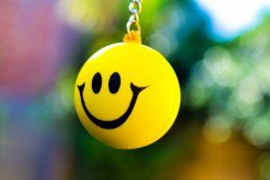 اجمل قصة قصيرة تحتوي علي حكمة رائعة قصة قميص السعادة