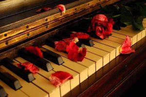 بيانو خطوات تعليم العزف علي البيانو خطوة بخطوة وكلمات جميلة عن البيانو