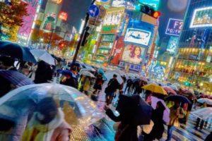 اكبر مدينة في اسيا ومساحتها وعدد سكانها واقتصاد ومعالمها السياحية