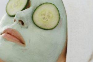 وصفات للوجه طبيعية وفعالة لتنظيف البشرة والحفاظ علي جمالها وترطيبها وتفتيحها