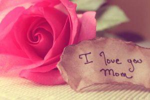 الام مقالة رائعة عن الام وفضلها اجمل الخواطر والاقتباسات المميزة