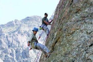 تسلق الجبال معلومات عن هذه الرياضة وامور لابد من مراعاتها