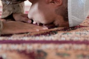شروط الصلاة وأركانها وواجباتها