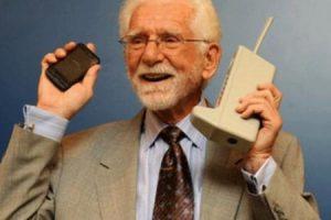مخترع الهاتف.. نبذه عن حياته وعن تطور الهاتف