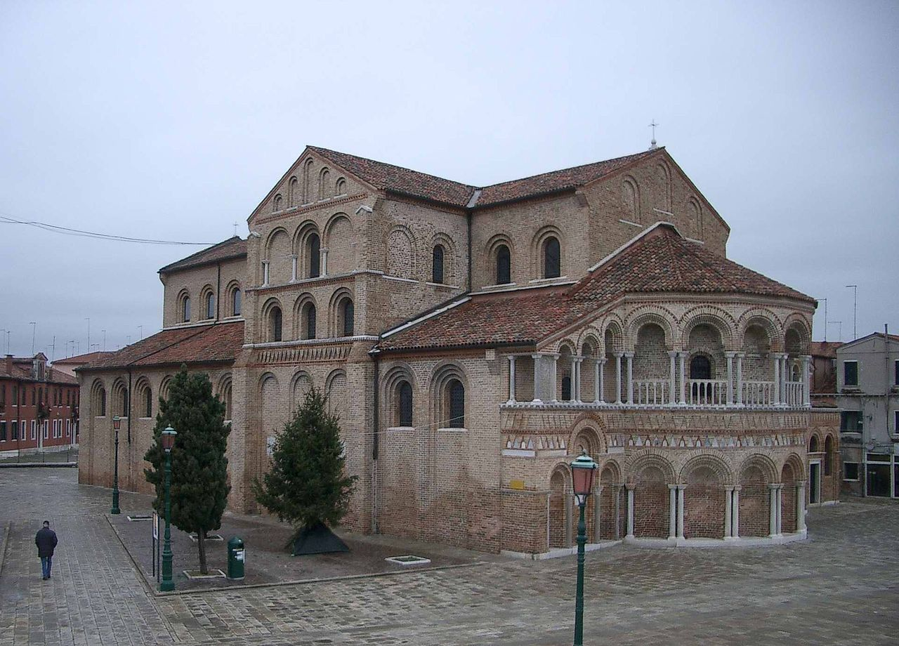 كنيسة سانتا ماريا سان دوناتو
