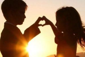 قصائد شعر عن الحب مقتطفات من الشعر الجميل للمتزوجين