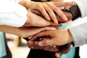 موضوع تعبير عن التعاون .. آثاره وأهميته بين الأفراد والمجتمعات