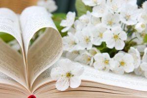 شعر غزل قصير ورومانسي لنزار قباني وغيره من الشعراء المميزة الذين كتبوا قصائد الغرام الرائعة