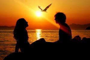 أبيات شعر حول الحب والرومانسية روعة للعشاق