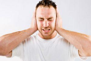 طنين الاذن اسبابه وعلاجه وكيفية الوقاية من الاصابة به