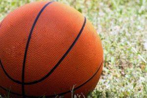قوانين كرة السلة وطريقة ممارستها وشرح طريقة إكتساب النقاط في المباريات
