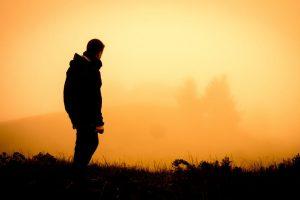اشعار عن الحزن والألم 5 قصائد حزينة جداً