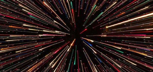 الضوء ينتشر في جميع الاتجاهات