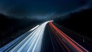 لا يوجد ما هو اسرع من سرعة الضوء في الفراغ
