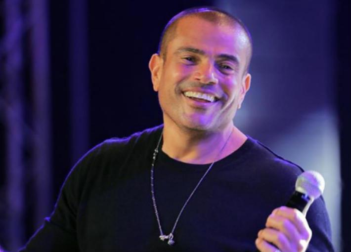 بدأ عمرو دياب مسيرته الفنية عام 1988