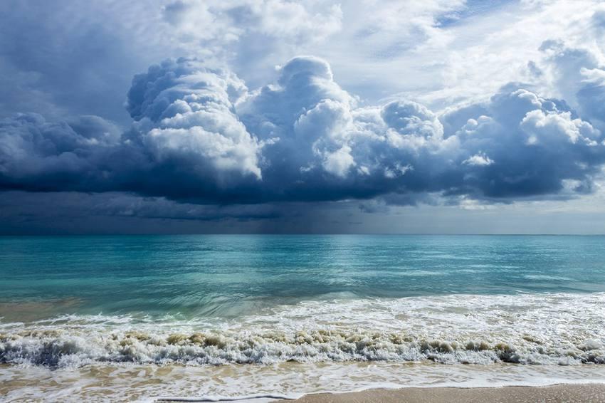 تفسير رؤية الامواج