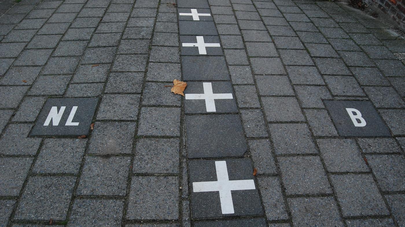 أغرب الحدود و دولتي هولندا و بلجيكا.