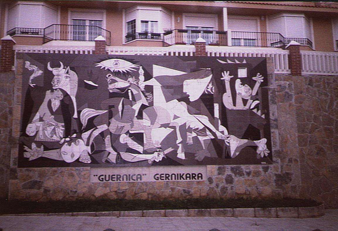 اجمل لوحات فنية، لوحة غرنيكا- بابلو بيكاسو.
