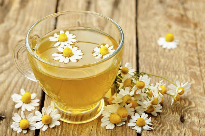 شاي البابونج للعناية بالبشرة