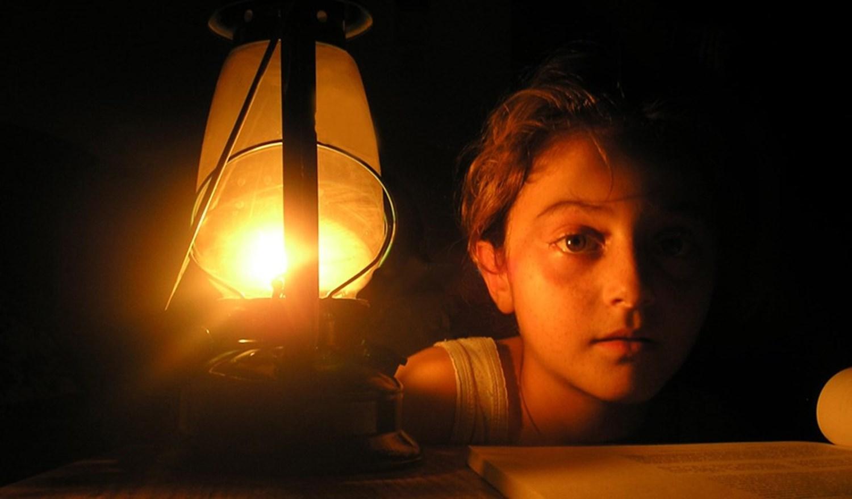 الإضاءة بالكهرباء.