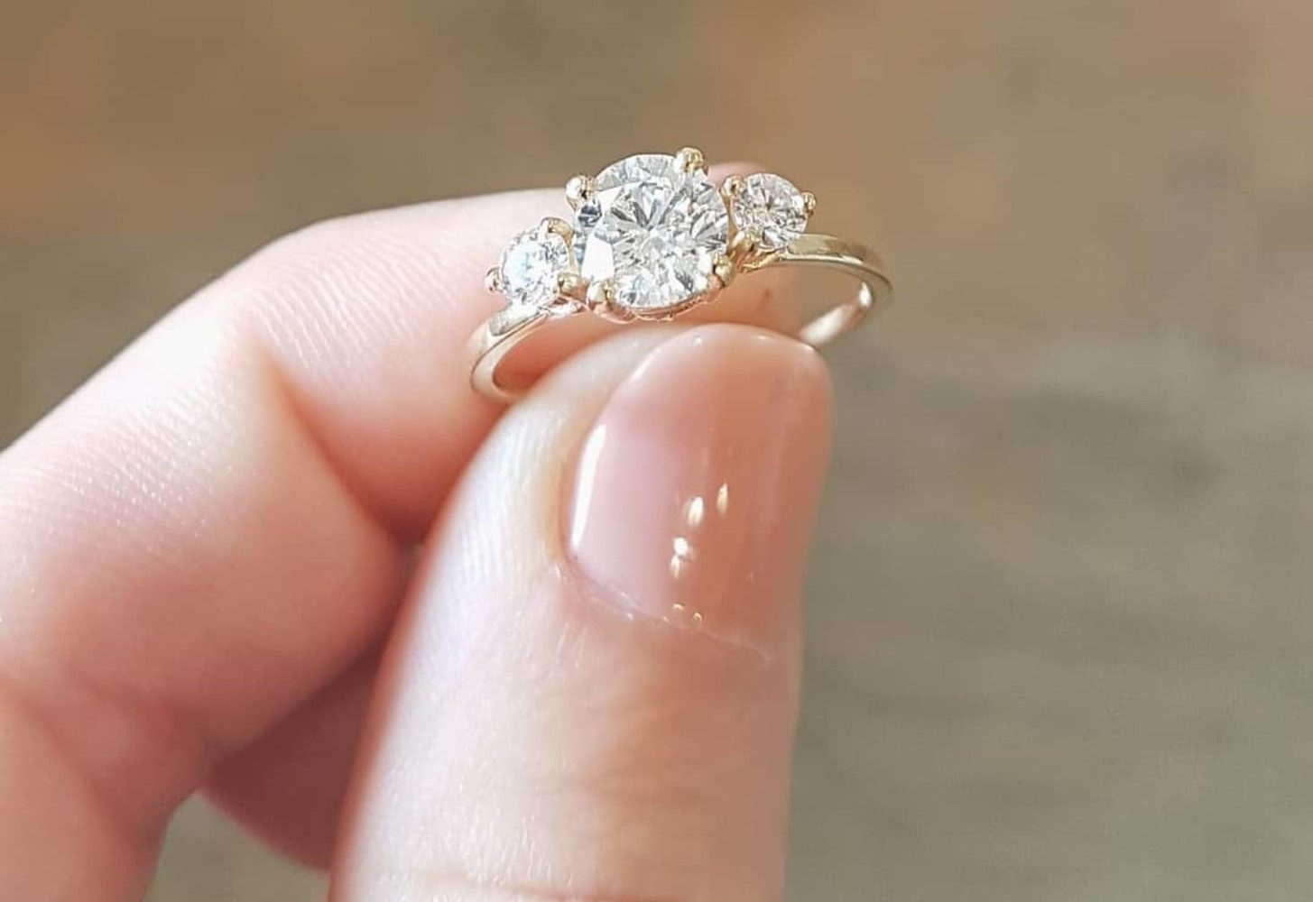 تفسير حلم خاتم ذهب للمتزوجة عند كافة المفسرين