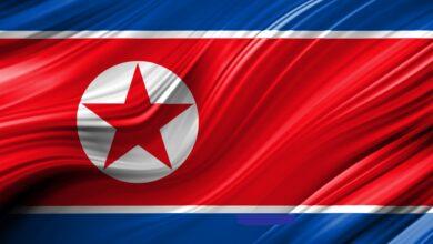 علم دولة كوريا الشمالية.