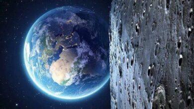 الارض وبعدها عن القمر