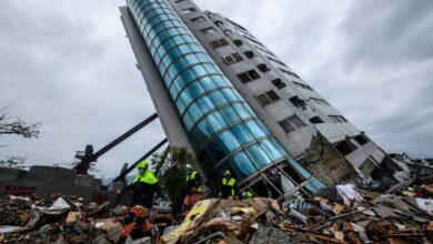 انهيار مبني نتيجة لزلزال