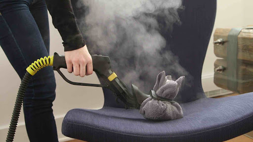 البخار في تنظيف الكنب