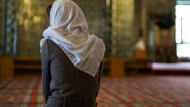 تفسير حلم الصلاة للعزباء