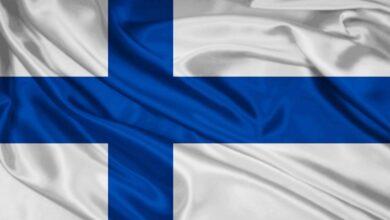 علم فنلندا