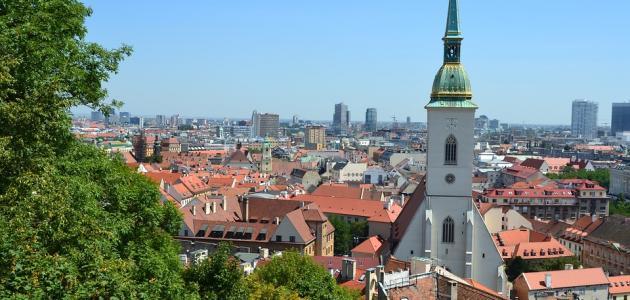 ما هي عاصمة دولة سلوفاكيا