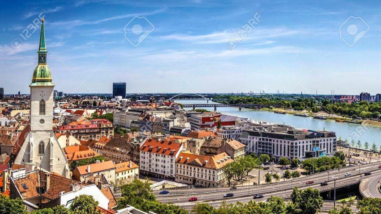 عاصمة سلوفاكيا